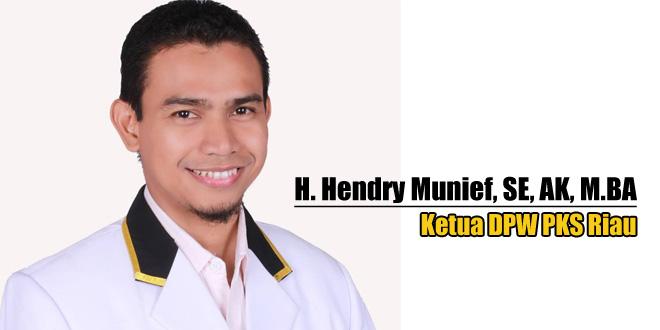 hendri-munief