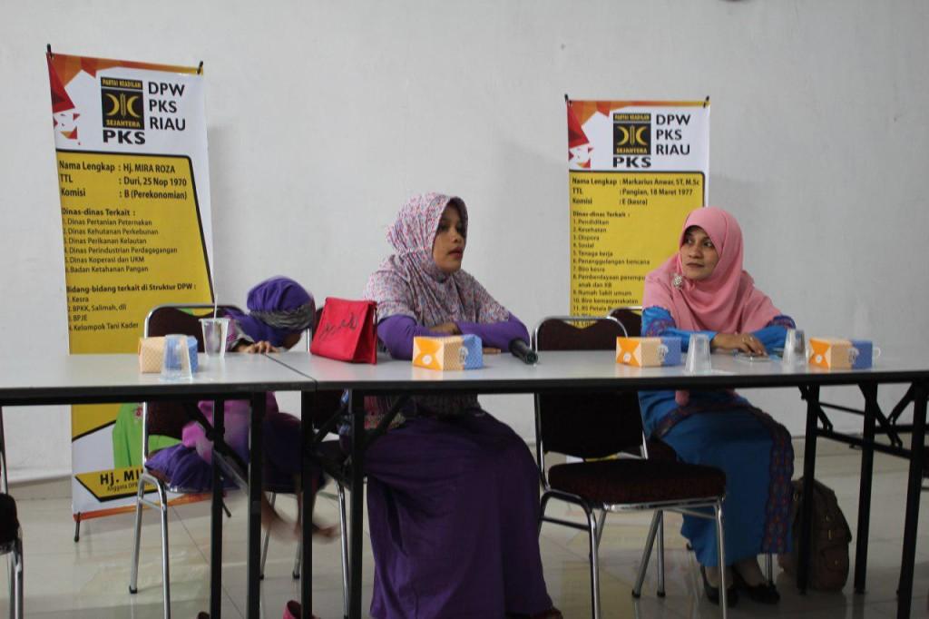 Mira Roza DPRD Provinsi Riau PKS